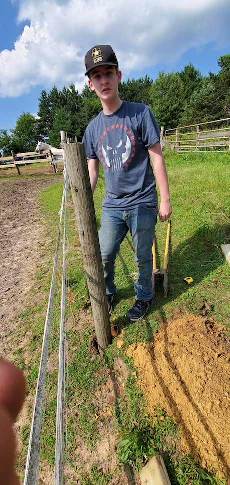 Setting Fence Post in a new Fence Line